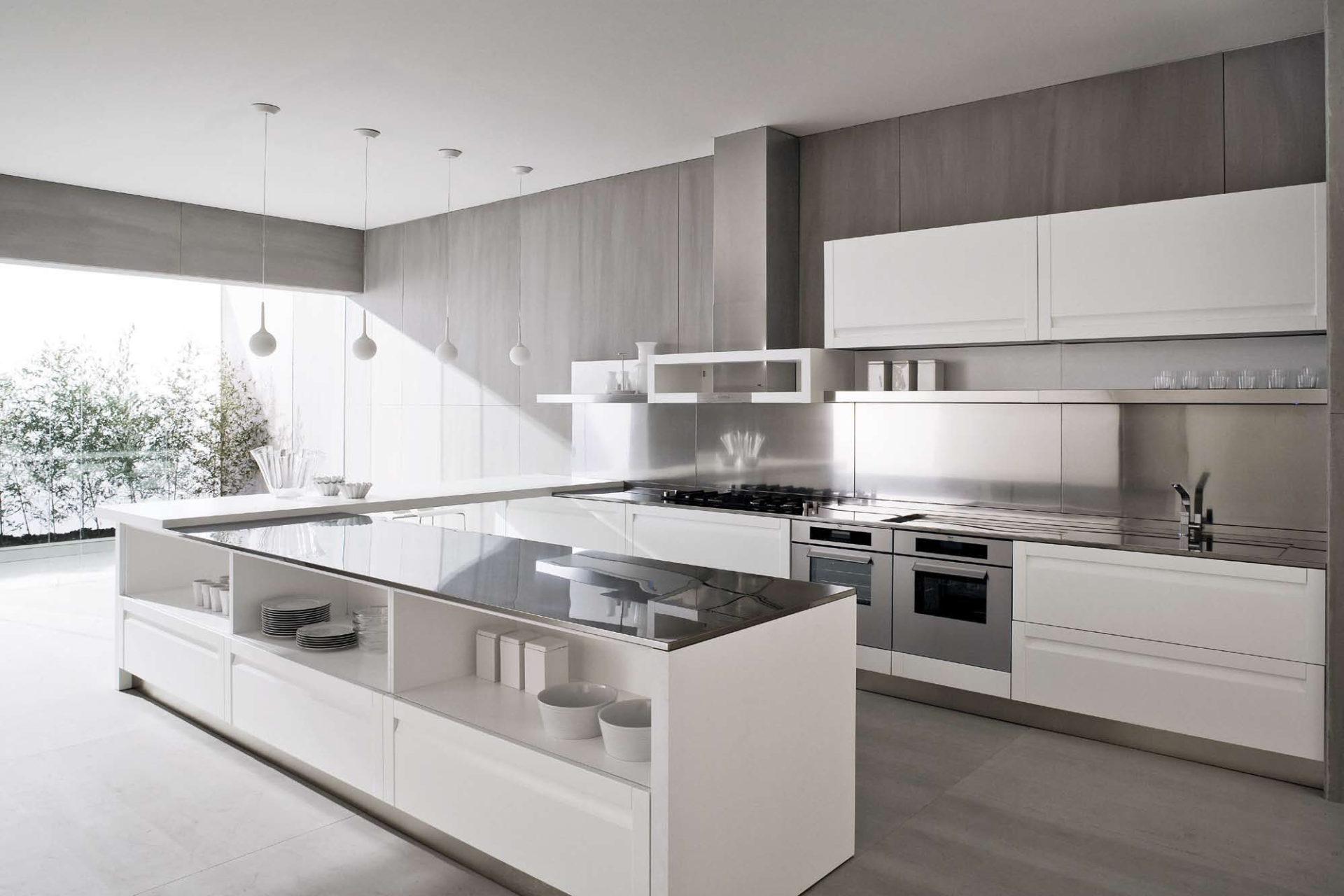 Что составляет дизайн кухни в стиле хай-тек ?